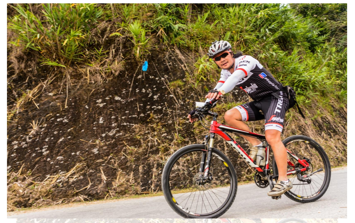 15 DAYS VIETNAM  FAR NORTH EAST CYCLE TOURS
