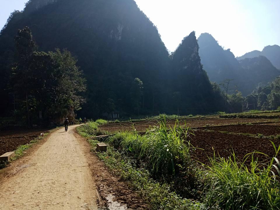 10 DAYS -  BAC HA –COC PHAI HOANGSUPHI BEST MOUNTAIN BIKE OURS