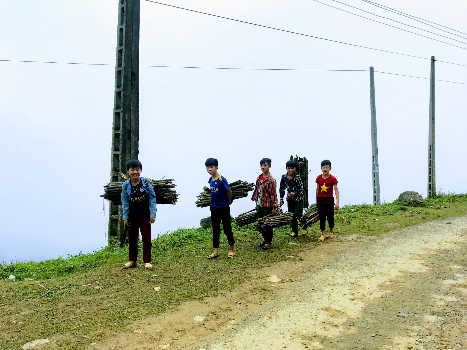 14 DAYS ALLURING TREKKING EXPEDITION  IN MUONG KHUONG BAC HA & KAYAKING IN HALONG BAY