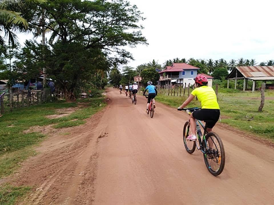 15 DAYS - BICYCLE TOUR THROUGH UNTOUCHED REGION OF CAMBODIA