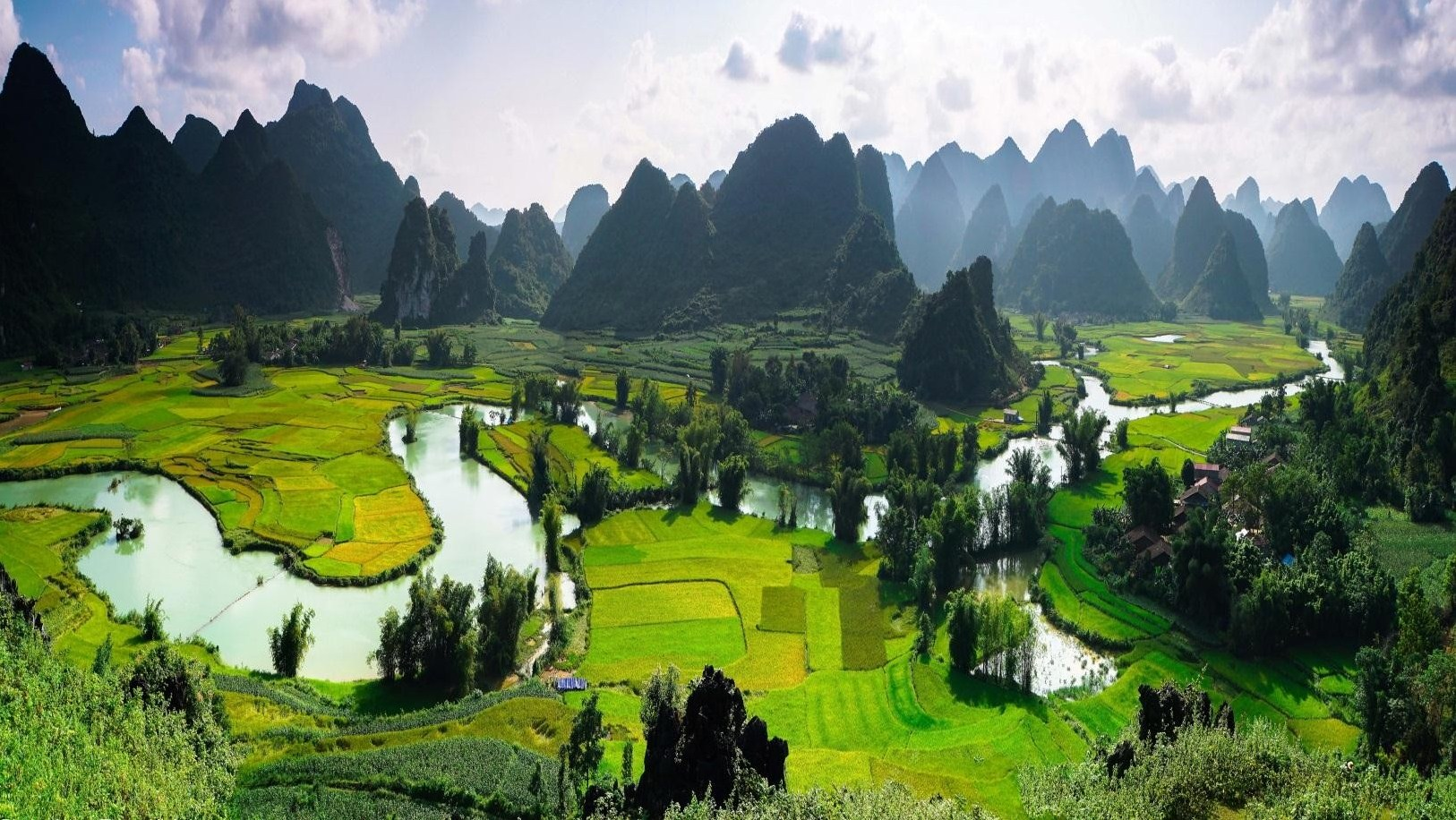 15 DAYS – AWESOME TREKKING TOUR IN  CAO BANG