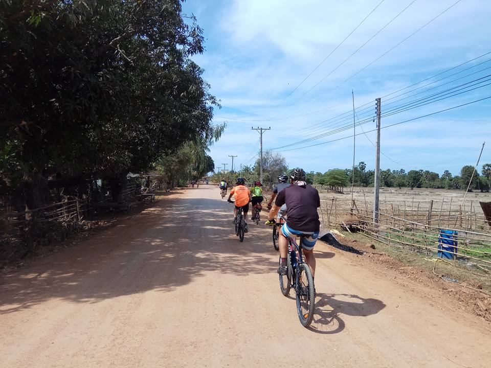15 DAYS - HUE - ANGKOR BICYCLE HOLIDAY